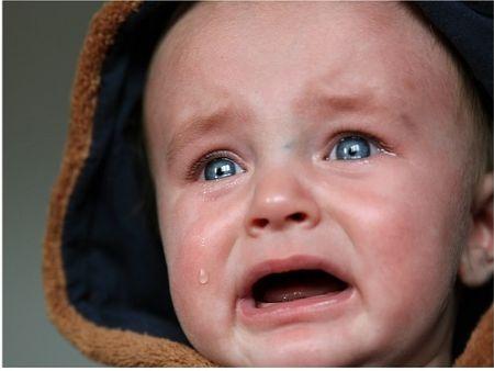 Za nervozitou dieťaťa môže stáť zlé zloženie črevnej mikroflóry