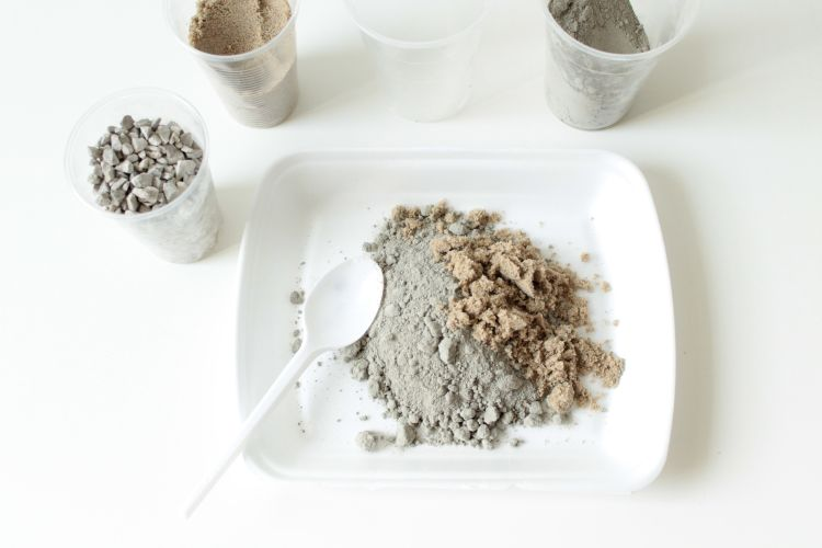 Ako vyrobiť betónový kvetináč