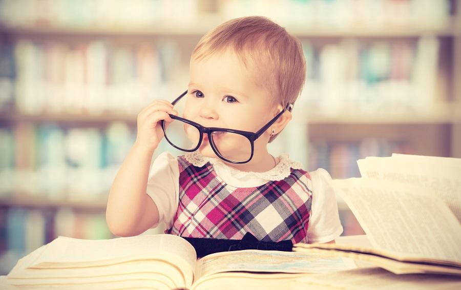 Dieťa v knižnici