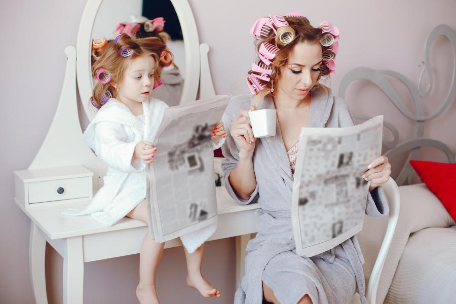 Čítanie novín podporí vzdelanie detí