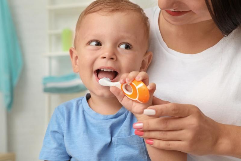 Čistenie zubov deťom